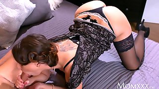 Dark Haired Cougar Squirts After Blowjob And Hard Fuck