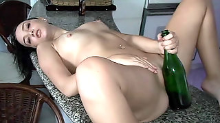 Kinky Chick Bottle Pussy Inserting