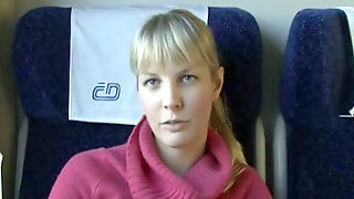 Hussy Veronica Gives Blowjob To One Strange Dude In The Train