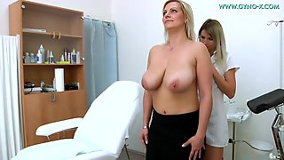 European MILF With Very Huge Natural Breasts Comes To Gyno Doctor