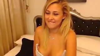 Snappchatt MelissaHot2017 (HD) White Horny Bikini Live