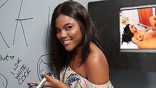 Ebony Yara Skyes First Experience At Gloryhole