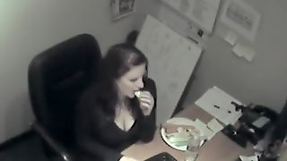 Secretary Got Spied While Horny