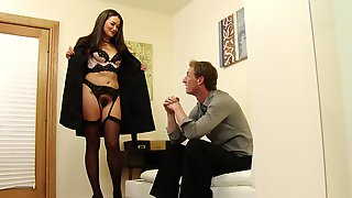 Beautiful Woman Knows How To Please Men
