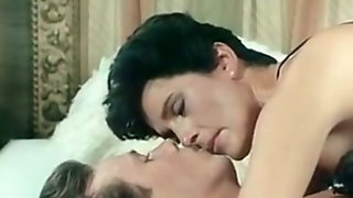 Short Haired Elegant Brunette Milf Gives Amazing Sensual Head