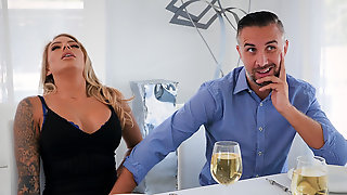 Jelly Assed Juelz Ventura Does Deep Blowjob And Gets Fucked Hard