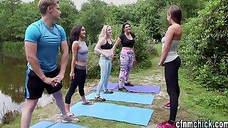 Yoga Domina Jizzes Loser