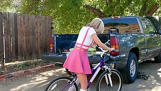 Kali Roses Rides Her Bike Dildo Then Takes Her Moms Bfs Dick For A Ride