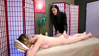 TS Casey Kisses Fucks Her Masseuse Cassandra Cain
