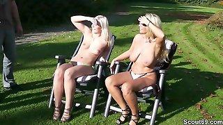 Mutter Und Tochter Ficken Mit Zwei Fremden Typen Im Park