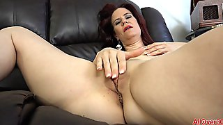 Sweetheart Redhead Milf Jerks Her Pussy Until She Cums