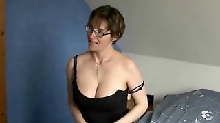 Short Haired Mature Slut