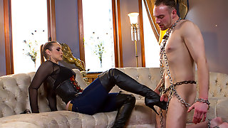 Jimmy Bullet & Bella Rossi In Prostate Milking In Musky Blue Jeans - DivineBitches