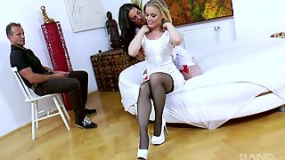 Hot Blooded Hoe Ash Hollywood Enjoys Having Dirty Threesome Sex