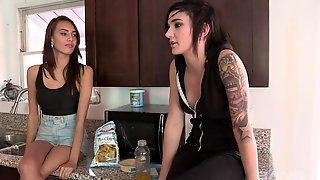 Unforgettable Lesbian Pussy Eating With Sexy Janice Griffith