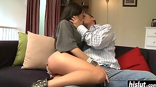 Beautiful Kortney Kane Likes To Slam