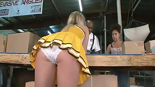 Cheerleader In Upskirt Banging On Big Black Cock Hardcore