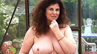 Horny UK MILF Jilly Compilation
