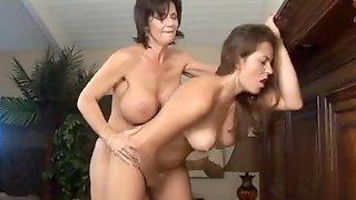 sex positioner för att göra en kvinna spruta