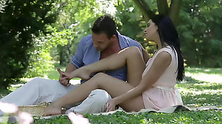Romantic Sex & Footjob In The Open Air With Kira Queen