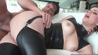 Kelly starr fucked in the ass wearing latex porn image gallery scene