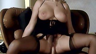 Les Hotesses Du Sexe (2K)