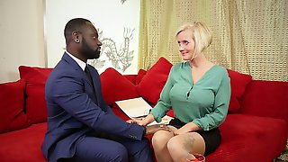 Mesmerizing Blonde Sexpot Kookie Ryan Gives Titjob To Black Stud