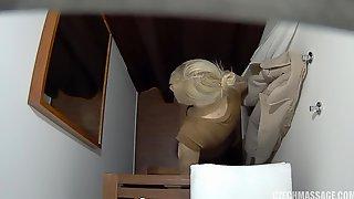 Unexperienced Blond Gets Manhandled During Rubdown - PornGem