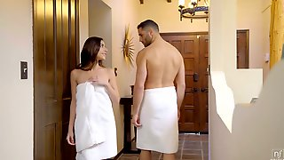 Long Haired Shorty Arielle Faye Is Nailed By Her BF From Behind In The Shower