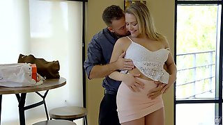 Bootyful Auburn Lady With Big Boobs Mia Malkova Wanna Ride Firm Cock After BJ