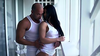Passionate Greek Temptress Inna Innaki Is Sucking Hard Cock Before Pussy Pounding