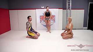 Blonde MILF London River Is No Match For Wrestler Will Havoc