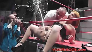 Soraya Wells Extreme Fisting And Squirting Show