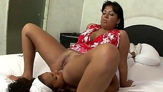 Chubby guys gals having sex