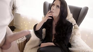 Smoking Whore Anna De Ville Gets Her Anus Gaped And Gives A Rimjob