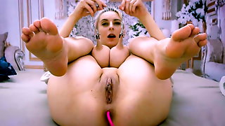 Hot Brested Blonde Play With Sexy Body