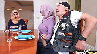 Bootyful Hijab Lady Violet Myers Is Fucked Doggy So Darn Perfect