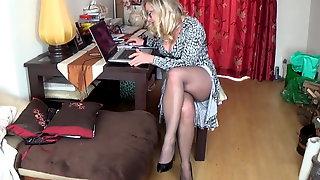 Joanne Legs