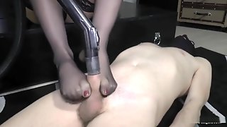 Mistress Giga Footjob