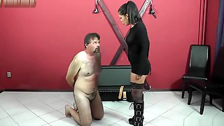 CruelMistresses - Mistress Lisa - Slapping And Lick The Floor