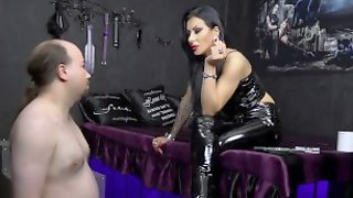 Mistress Kennya: A Flabby Wanker To Humiliate