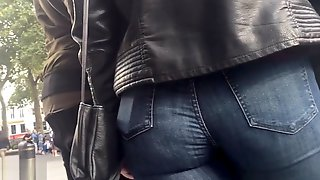 Candid Walk 46 - Blue Jeans Pawg