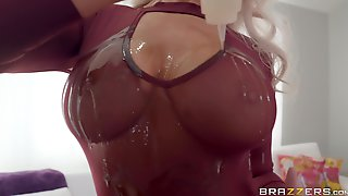Curvy Blonde London River Oiled Up And Ready For A Cock And A Cumshot