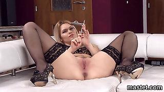 Feisty Czech Teenie Stretches Her Soft Snatch To The Bi