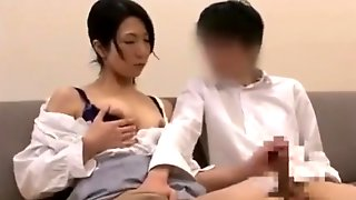Young Man Fucked With Mom