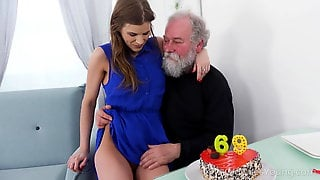 Old Goes Young - Yummy Babe Congratulates An Oldman With Sex
