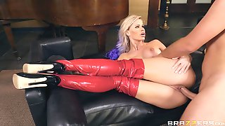 Slutty Babe In Leather Boots Jessa Rhodes Gets Cum On Her Face