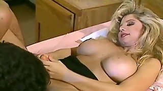 Hermaphrodite Angela Summers Picks Up Guy From A Bar