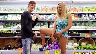 Bombshell MILF Pornstar Olivia Austin Rides Dick Like A Nympho