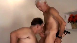 Mature Bi Threesome Fuck3